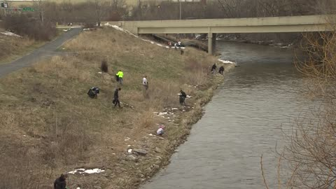 #Trashtag movement on social media reaches Milwaukee